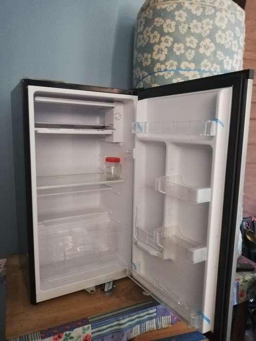 <strong>refrigerador</strong> Pequeño Seminuevo