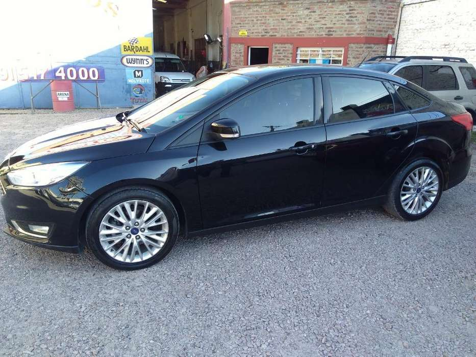 Ford Focus 2015 - 122000 km