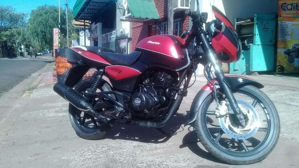 Vendo <strong>moto</strong> Rouser