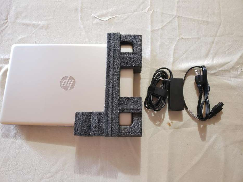 Laptop Hp Notebook 15-db0005la 15.6 a