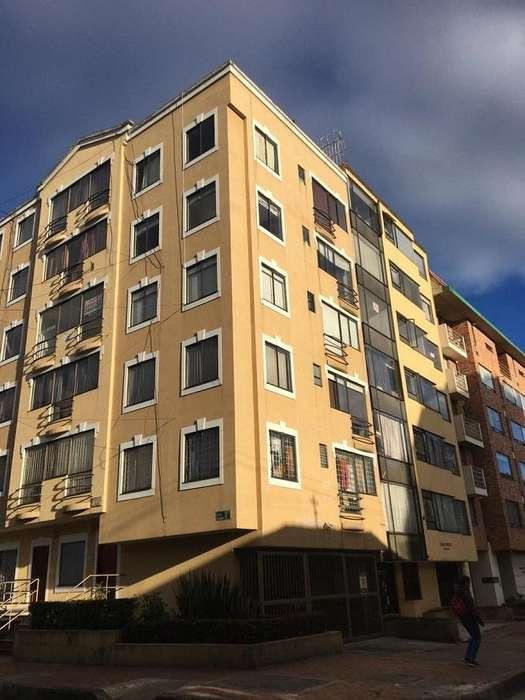 92410 - Apartamento Amoblado en Arriendo en Galerias!!