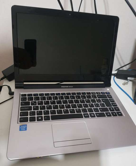 Notebook Positivo Bgh E920 - 4gb Ram - 500gb Disco - Impecable