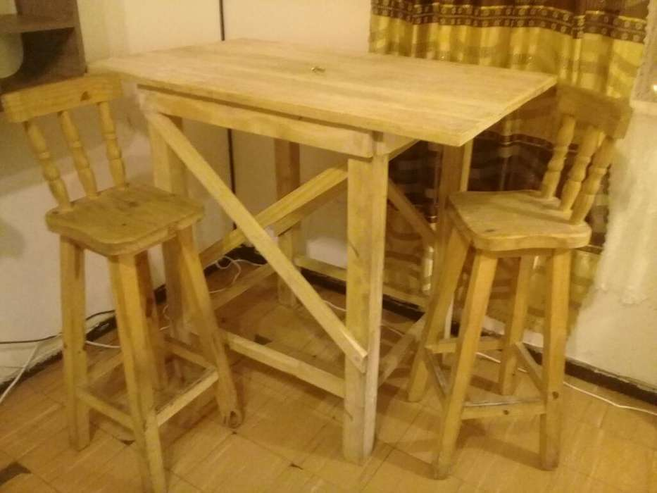 Líquido Mesa Y 2 <strong>sillas</strong> Muy Buen Estado