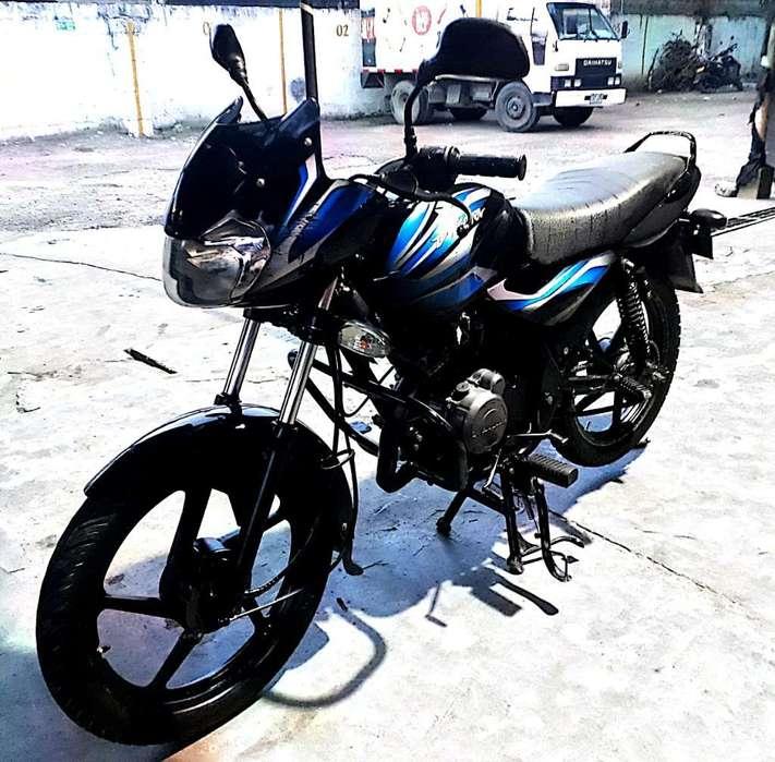 Venpermuto 2 Motos Discovery 100 Modelo