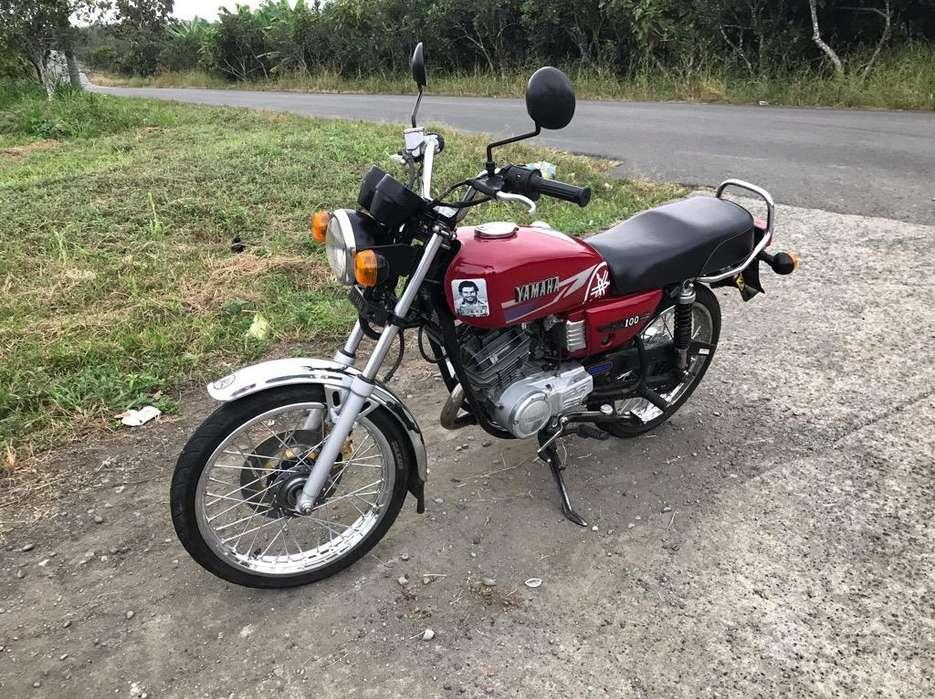 Moto Yamaha Rx