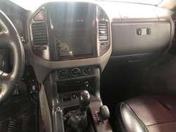 Mitsubishi Montero Blister 2002