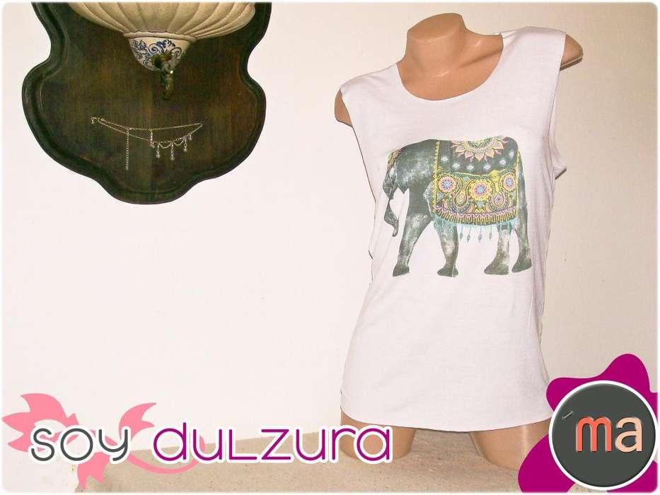 Remera Blanca sin Mangas con Estampado de Elefante Hindú