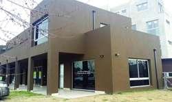 F. Berraz  - Estancias de Pilar - Local en Alquiler
