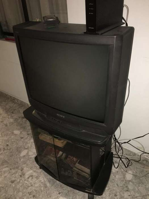 <strong>televisor</strong> Sony 28''
