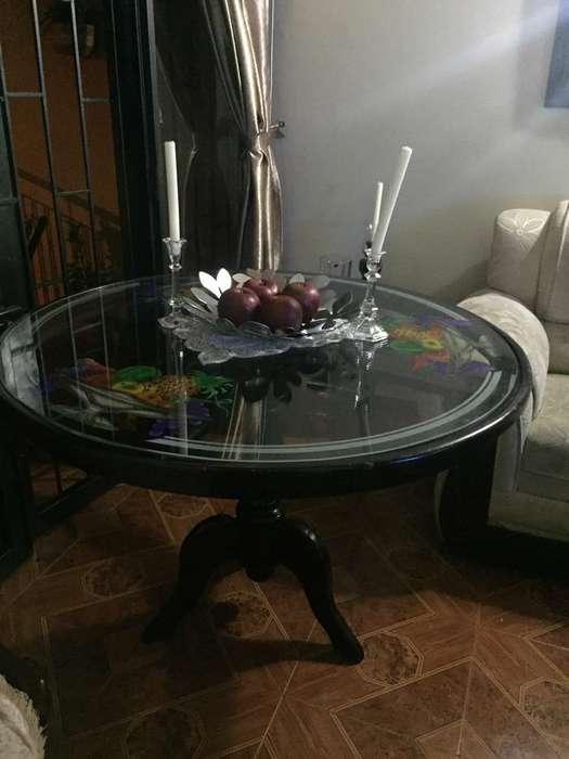 Hermosa Mesa de Comedor Cedro Y Vidrio