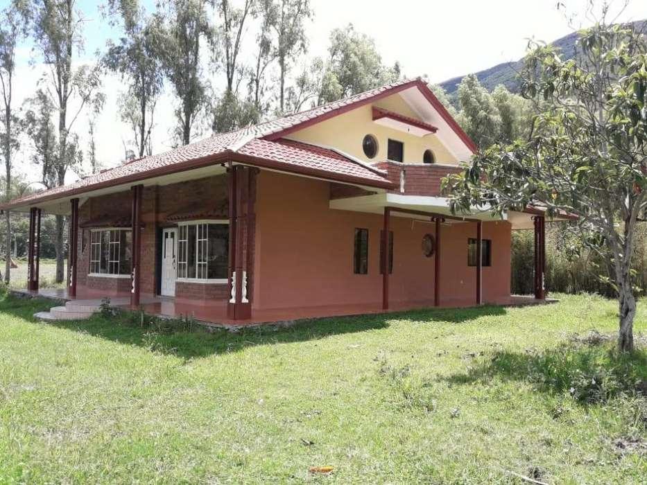 Se Renta Preciosa Casa Campestre, Uzhupud, PAUTE