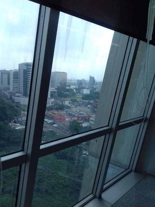 Vendo Hermosa Oficina en El <strong>edificio</strong> Blue Towers
