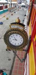 reloj de pared QUARTZ