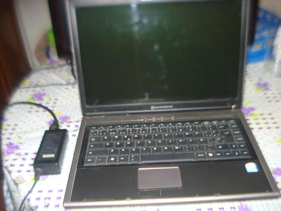 Notebook Commodore Ke 8314mb Doble Nucleo Ram 2gb Leer Bien