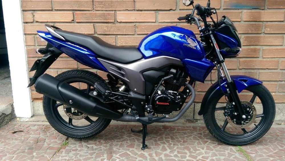 Honda Invicta 150 Azul