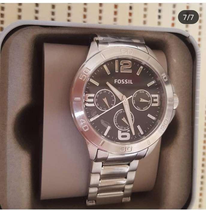 9e5a03fc32ae Venta de relojes  Relojes - Joyas - Accesorios en venta en Ecuador ...
