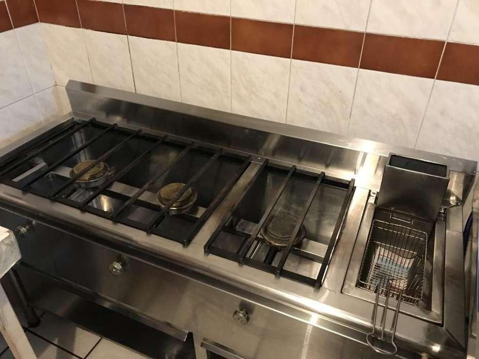 <strong>mobiliario</strong> Cocina Industrial Nevera Plancha Congelador Vertical Lavabo Mesa Barra Lamparas Ojos de pescado