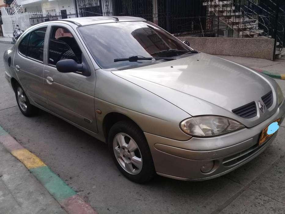 Renault Megane  2005 - 300000 km