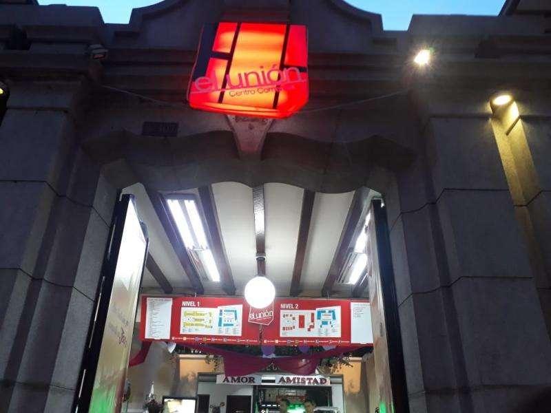 Local En Arriendo En Medellin Junin Cod. ABMAT10499