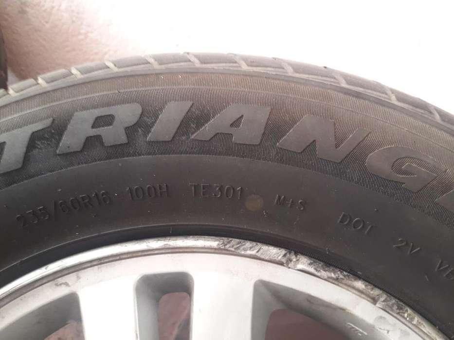 Vendo Tres <strong>llantas</strong>