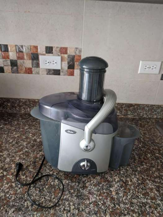 Extractor Oster 600w