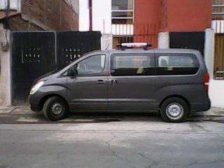 Alquiler de Furgonetas Hyundai H1 con chófer, Buses de Turismo, Transporte Ecuador 0981730435 GUAYAQUIL