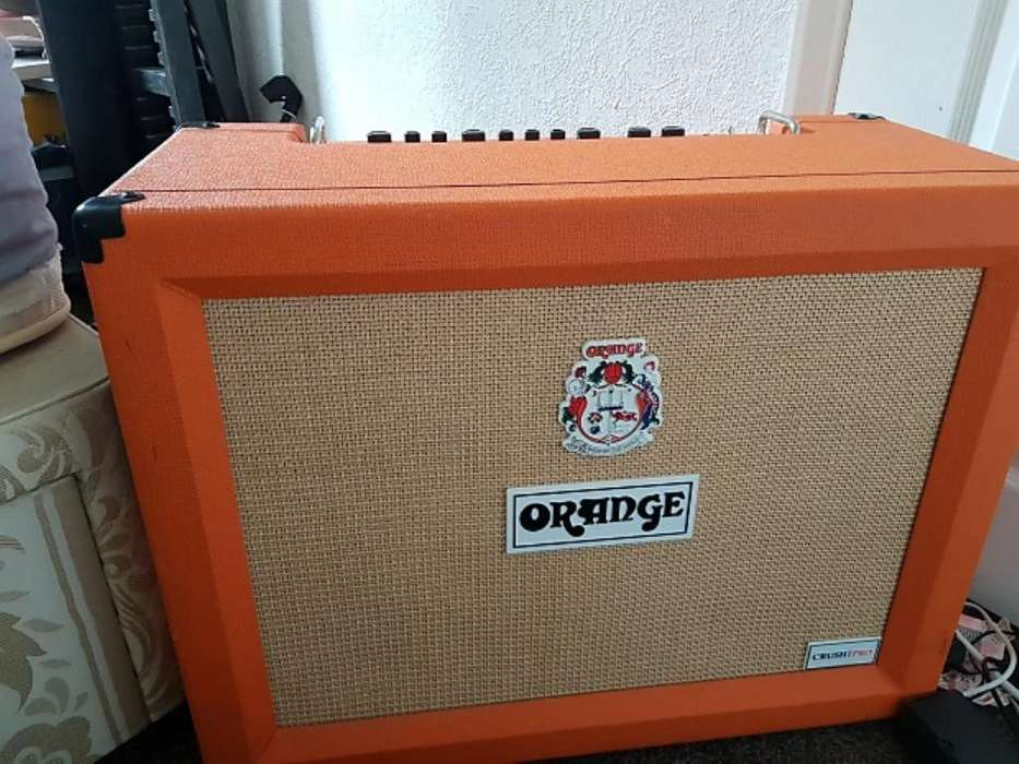 Amplificador Guirarra Orange Crush 120