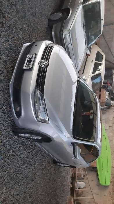 Volkswagen Vento 2011 - 137000 km