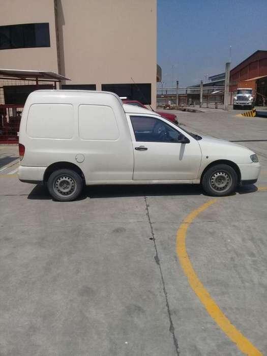Camioneta Volswagen Caddy 1.8 para Despachos