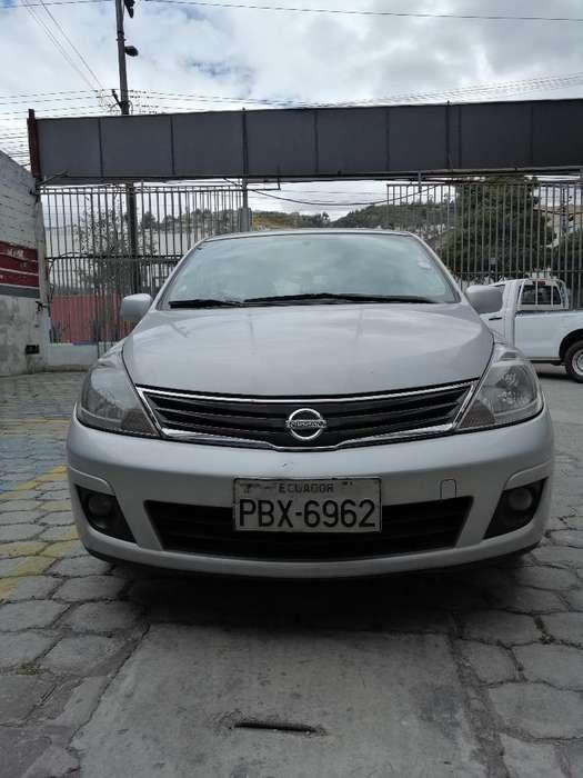 Nissan Tiida 2012 - 250000 km
