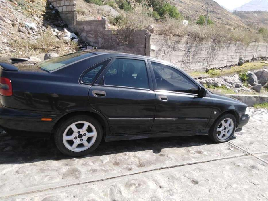 <strong>volvo</strong> S40 1998 - 35500 km