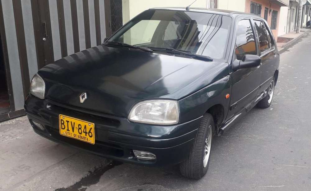 Renault Clio  1997 - 295902 km