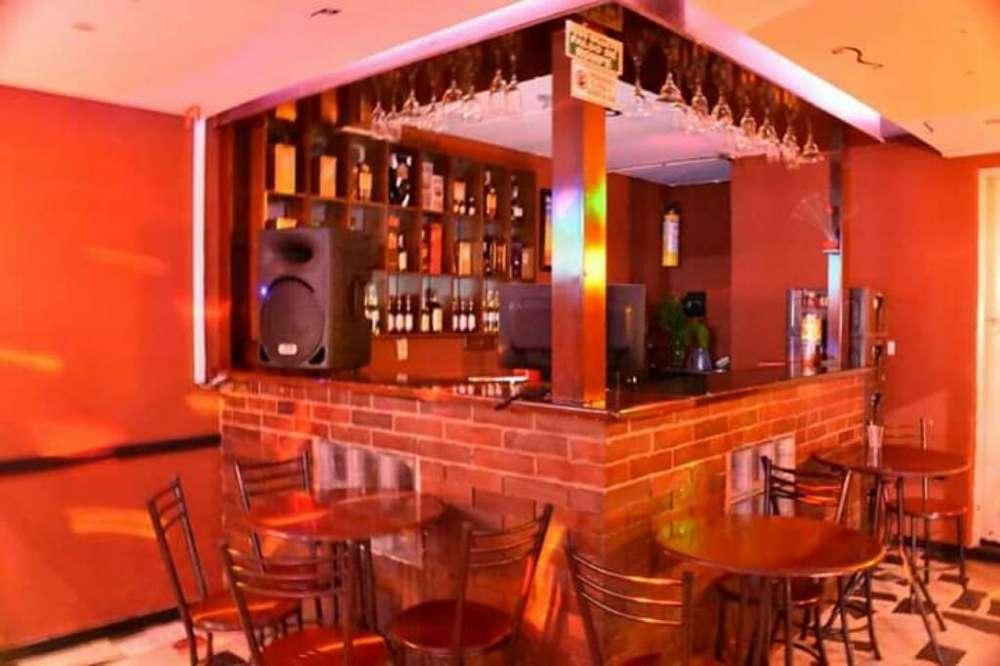 Se Vende <strong>bar</strong> en Venecia