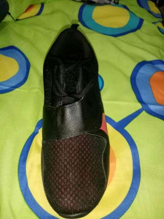 Zapatos Europeos