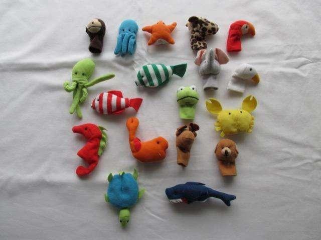 Lote de 18 títeres de dedo de animales con bolsa, marca europea!!!, impecable estado!!!