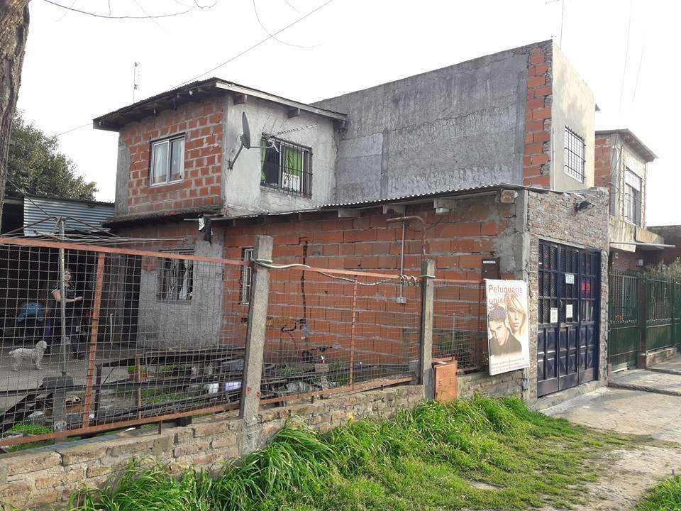 """se vende casa * Florencio Varela """"Villa Vatteone"""""""