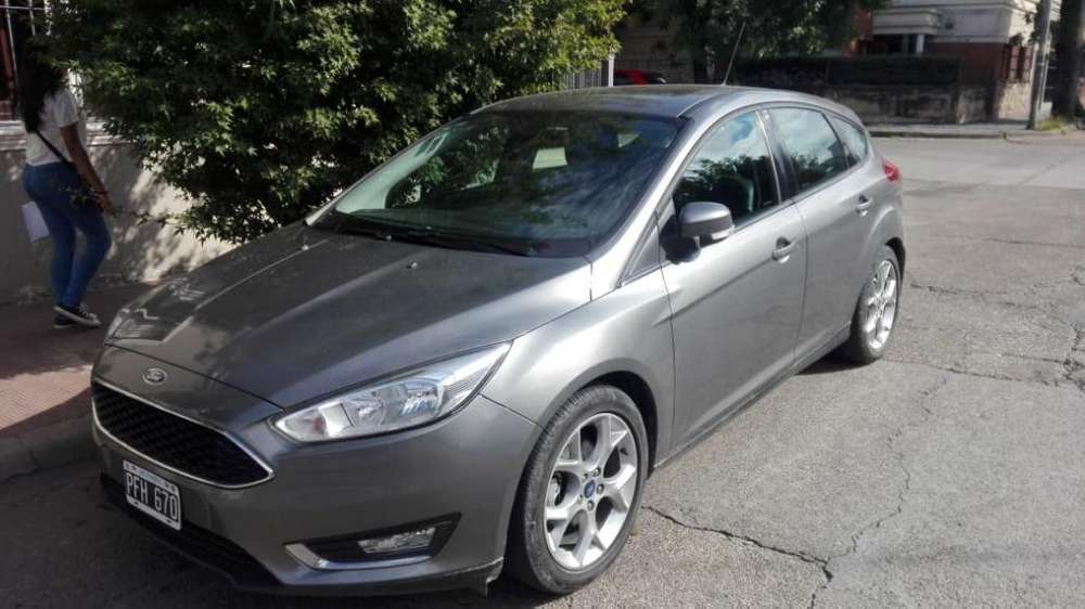 Ford Focus 2015 - 55000 km