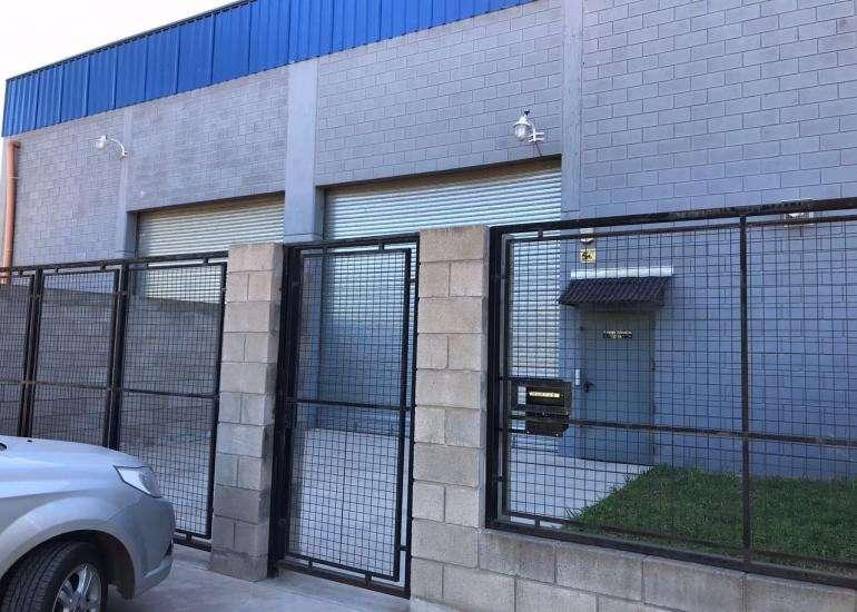 Galpon en alquiler zona industrial Moreno km 40 colectora