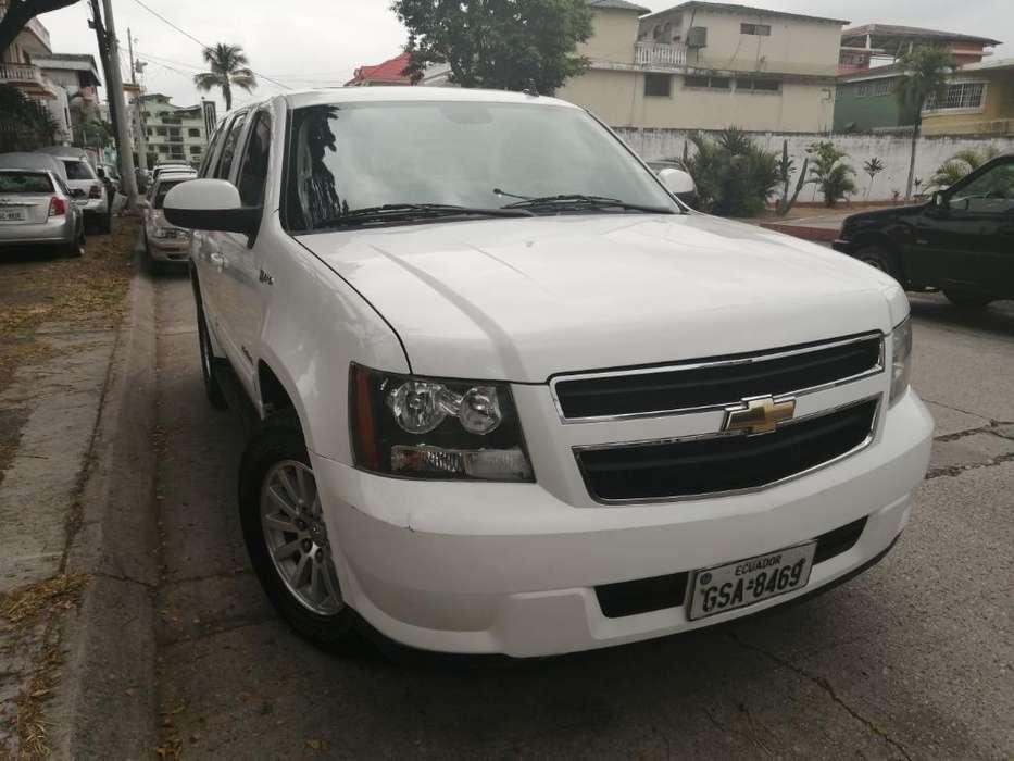 Chevrolet Tahoe 2011 - 131000 km