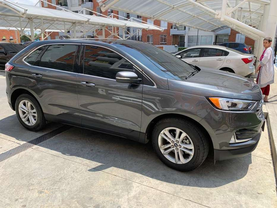 Ford Edge  2019 - 3300 km