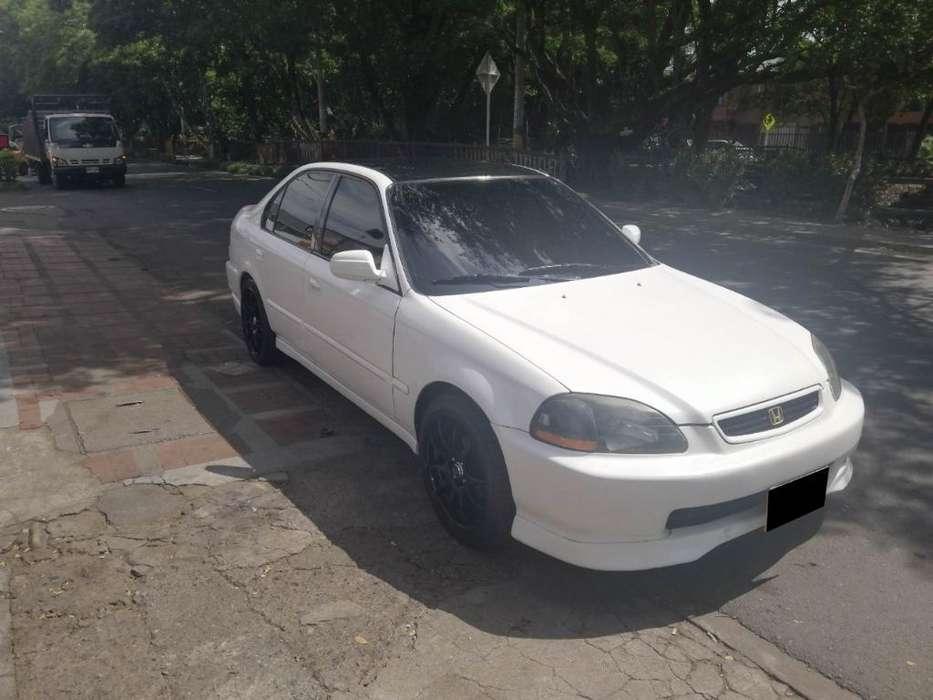 Honda Civic 1997 - 215000 km