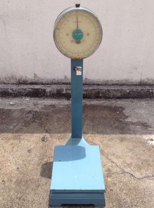 Balanza Industrial CAMRY de plataforma tipo reloj de 100 Kg