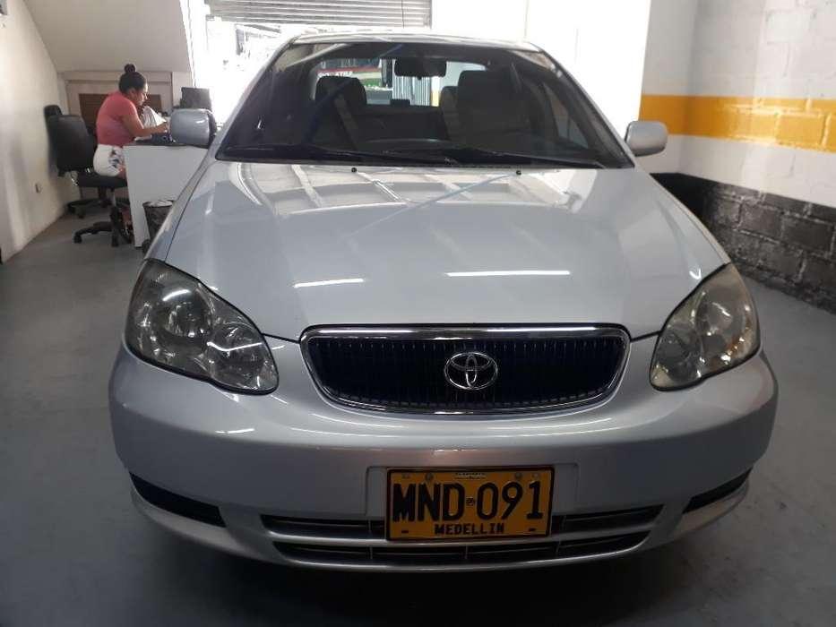 Toyota Corolla 2005 - 157000 km