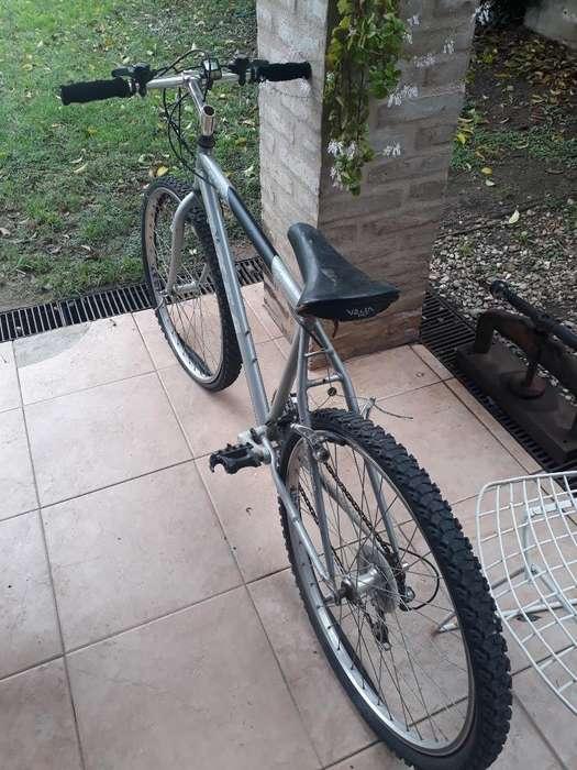 Bicicleta Oxea, Alexa. Rodado 26 con Cam