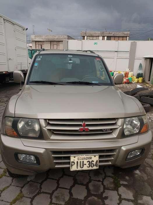 Mitsubishi Montero 2001 - 270000 km