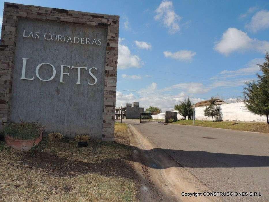 DUPLEX EN CORTADERAS <strong>loft</strong>S. SEG 24 HS. 2 DORMITORIOS. PATIO. COCHERA
