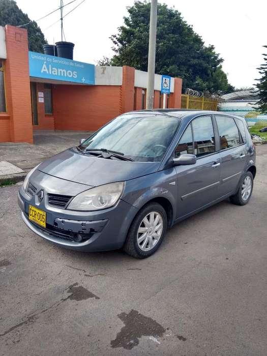 Renault Scenic  2007 - 122000 km
