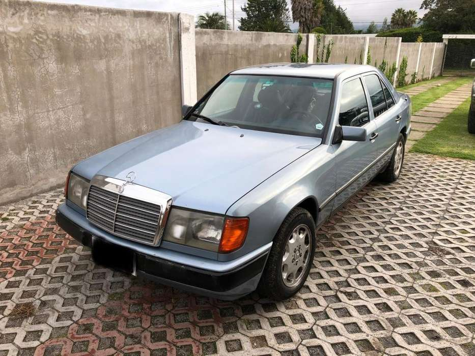 Mercedes-Benz Clase E 1985 - 300000 km