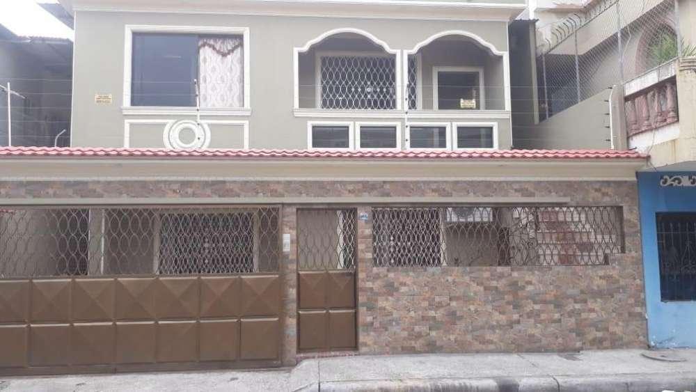 Se Vende Casa Rentera en Coop. 9 de Octubre, Sur de Guayaquil