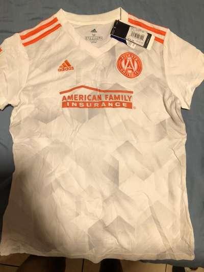 hueco regalo espejo de puerta  Camiseta Adidas talla M - Ropa y Calzado - 1103951490